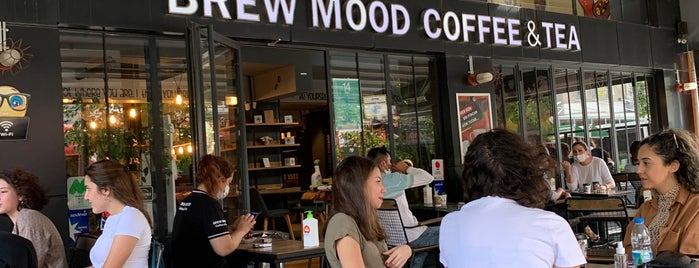 Brew Mood Coffee & Tea is one of Tempat yang Disimpan Dilara.