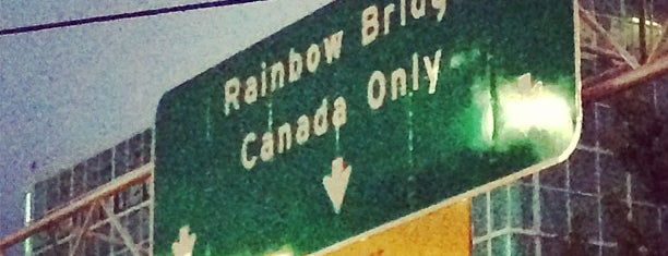 USA/Canada Border is one of United States.