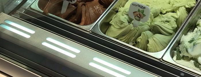 Chocolatte Eis is one of Tempat yang Disukai Nadine.