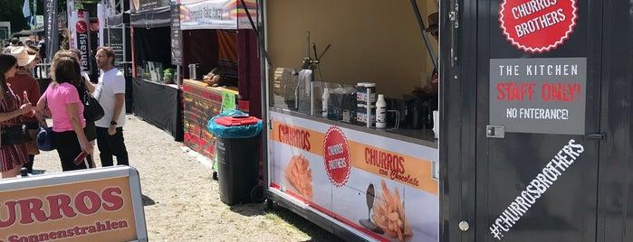 Streetfood Festival Augsburg is one of Orte, die Raphael gefallen.