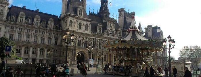 Place de l'Hôtel de Ville – Esplanade de la Libération is one of Paris.