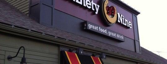 99 Restaurant is one of สถานที่ที่ Ellen ถูกใจ.