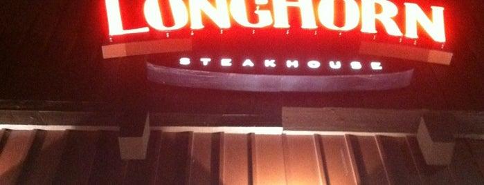 LongHorn Steakhouse is one of สถานที่ที่บันทึกไว้ของ Ellen.
