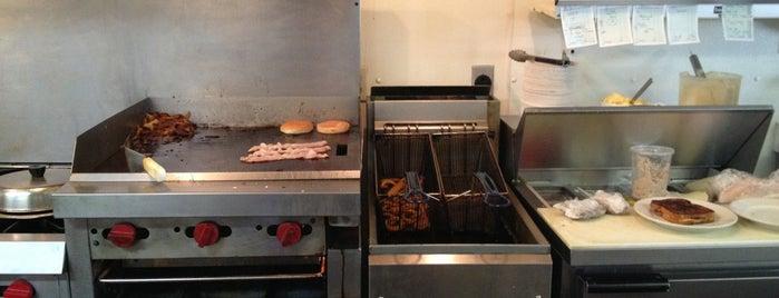 Bell Grove Diner is one of Ian : понравившиеся места.
