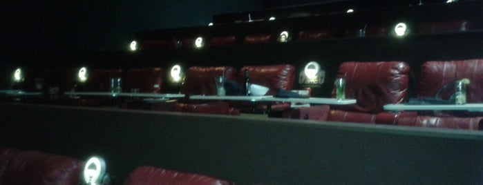 AMC Dine-in Theatres Essex Green 9 is one of Crystal : понравившиеся места.