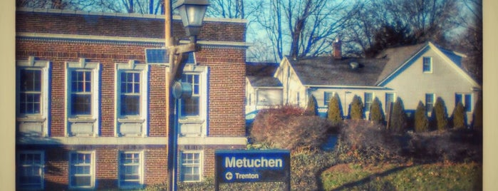 NJT - Metuchen Station (NEC) is one of Crystal : понравившиеся места.