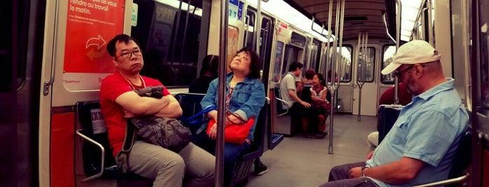 Subway is one of Orte, die Crystal gefallen.