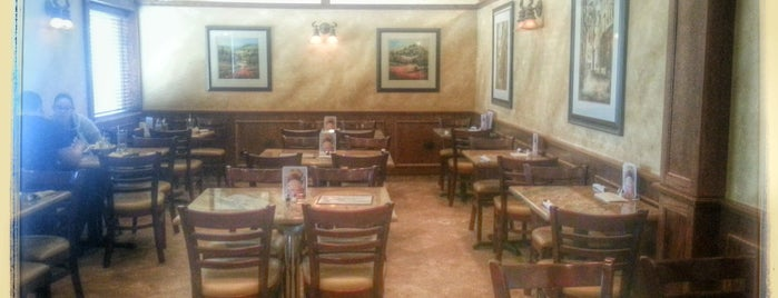 Big Jim's Family Restaurant & Pizzaria! is one of Crystal : понравившиеся места.