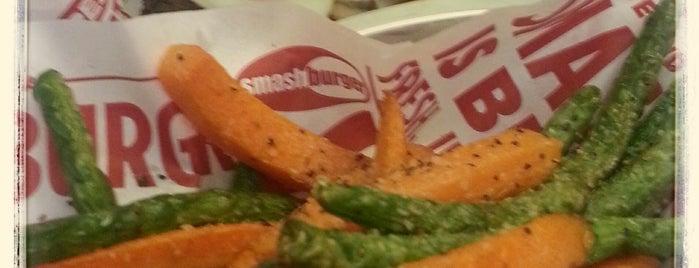 Smashburger is one of Orte, die Crystal gefallen.