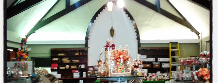 Critchley's Candies is one of Nancy's A.Kraus Places&Food's&Ect... <3.