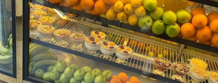 Otantik Vitamin Bar is one of Posti salvati di gamze.