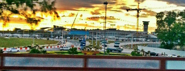 Brunei International Airport (BWN) is one of Free WiFi Airports 2.