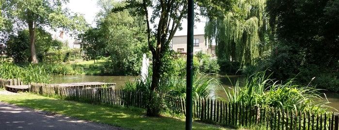 Park Diksmuide is one of Gordonさんのお気に入りスポット.