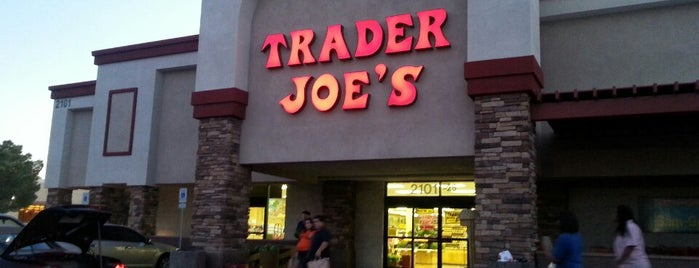 Trader Joe's is one of Lieux qui ont plu à Heather.