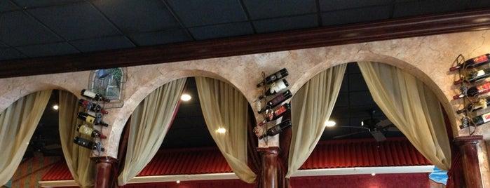 Victor's Pizza & Pasta House is one of Tempat yang Disukai SpikeyJay.