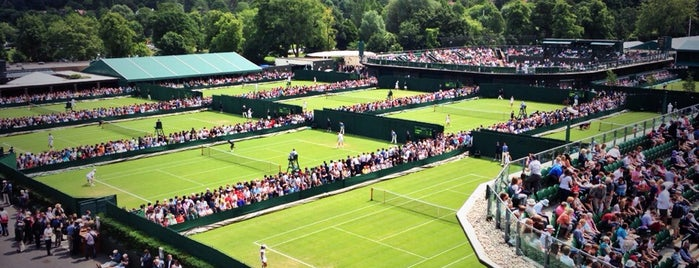 The All England Lawn Tennis Club is one of Lieux qui ont plu à Barry.
