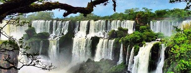 Cataratas del Iguazú is one of Cataratas.