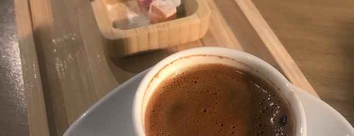 Arwen Cafe is one of Konya.