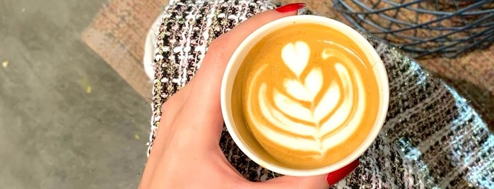 Qirat - Specialty Coffee is one of Queen 님이 저장한 장소.