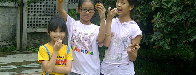 Seminari Tinggi Fermentum Keuskupan Bandung is one of Gereja Katolik & Biara di Indonesia.