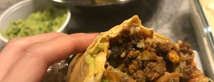 Freebirds World Burrito is one of Lieux qui ont plu à Angela.