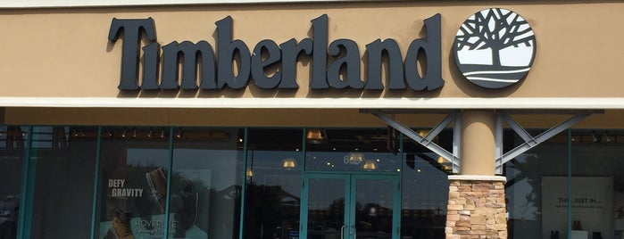 Timberland Factory Store is one of Angeles'in Beğendiği Mekanlar.