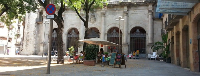 café de placa de st augustin is one of Orte, die Rose gefallen.