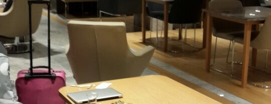 TAV Primeclass Lounge is one of Sevket 님이 좋아한 장소.