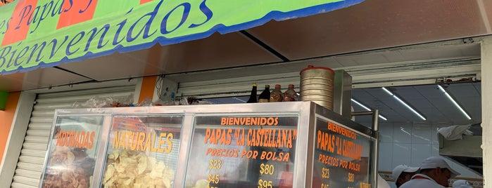 La Castellana Papas Fritas is one of Restaurantes.