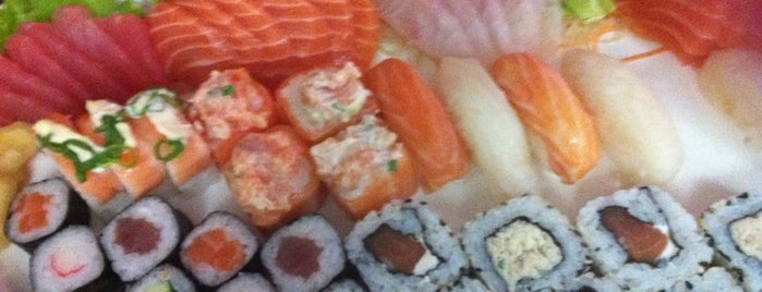 Dr. Sushi is one of Japoneses.