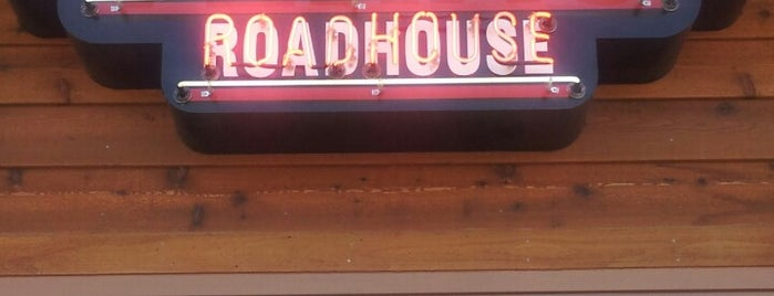 Texas Roadhouse is one of Faves Places.