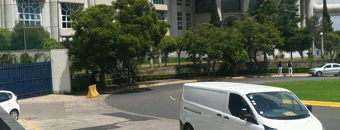 Colegio Monteverde is one of Berenice 님이 좋아한 장소.