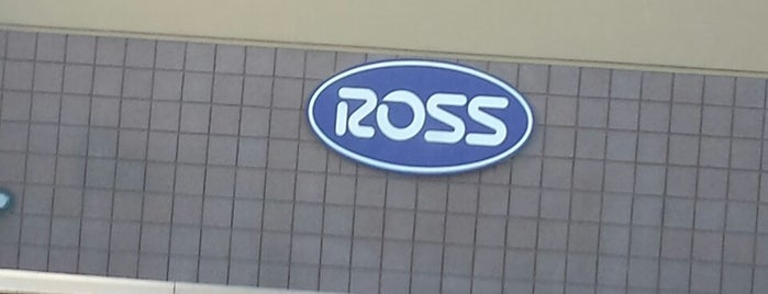 Ross Dress for Less is one of Lugares favoritos de Fernanda.
