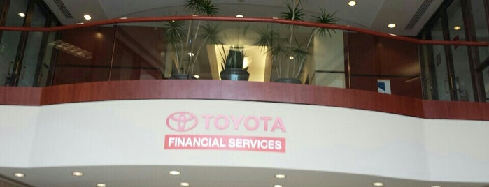 Toyota Financial Services is one of Locais curtidos por Susan.