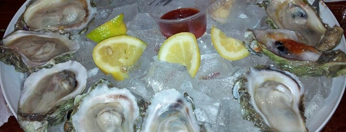 Crawfish Shack & Oyster Bar is one of Posti che sono piaciuti a Aaron.
