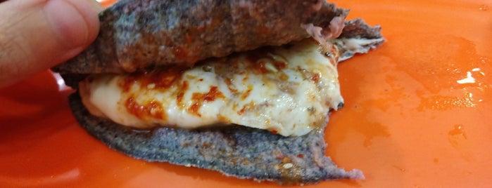Los Chilangos Tacos Tortas & Quesadillas is one of DOWNTOWN.