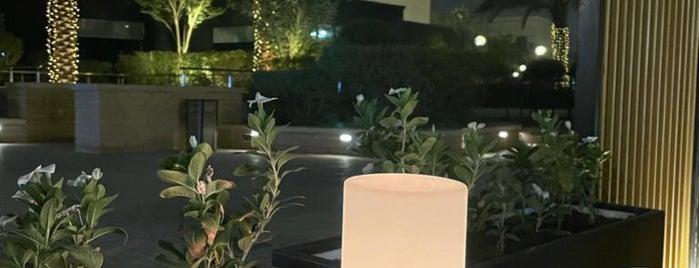 Bateel Cafe is one of Riyadh Breakfast.