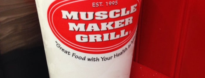 Muscle Maker Grill is one of Locais curtidos por Brooke.