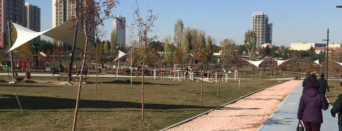 Zafer Parkı Yürüyüş Yolu is one of Orte, die Semin gefallen.
