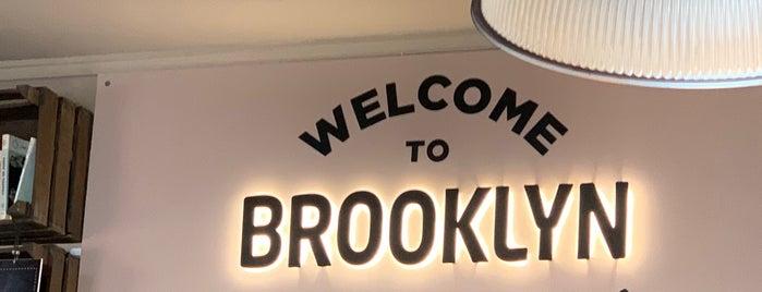 Brooklyn is one of Lugares favoritos de Sean.