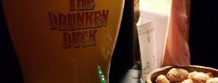 Drunken Duck is one of สถานที่ที่ Özlem ถูกใจ.