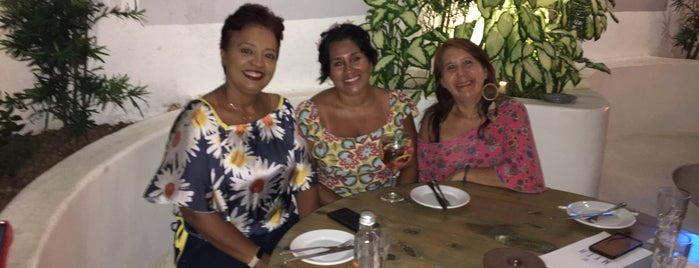 Casa da Vila is one of Bons drink!.