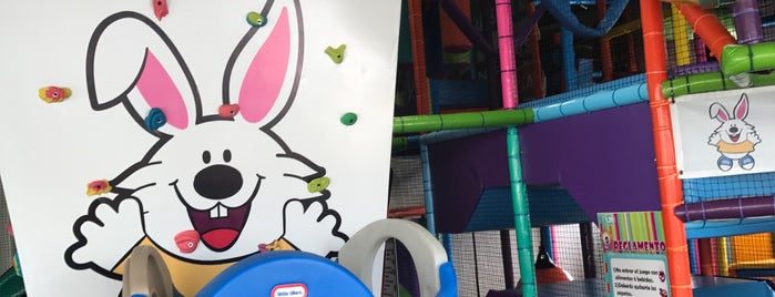 Jumping Land is one of A donde ir con niños.
