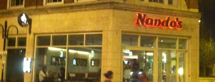Nando's is one of Tempat yang Disukai Barry.