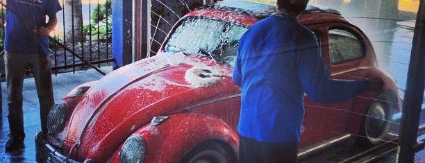 GENIE CAR WASH & LUBE-W POINT LOMA is one of Scott 님이 좋아한 장소.