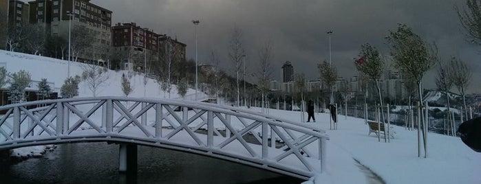 Gaziosmanpaşa Gençlik Parkı is one of Gespeicherte Orte von Hüseyin Batur.