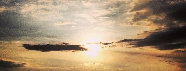 Lake Kivu is one of สถานที่ที่บันทึกไว้ของ Gilles.