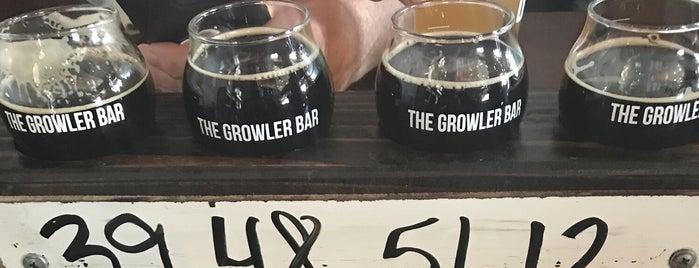 The Growler Bar is one of Tempat yang Disukai Josh.