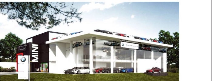 BMW Esmeralda Motors is one of สถานที่ที่ Enrique ถูกใจ.
