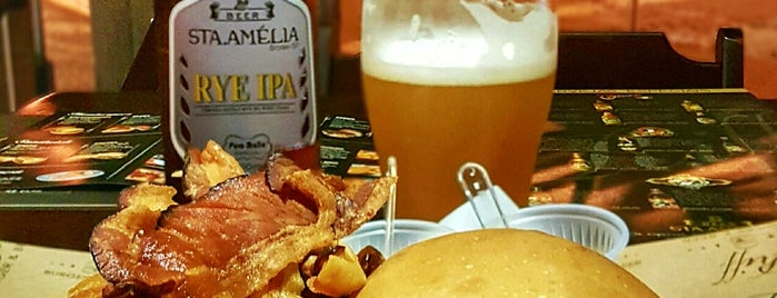 Riff Burger & Beer is one of Carlos Darioさんのお気に入りスポット.